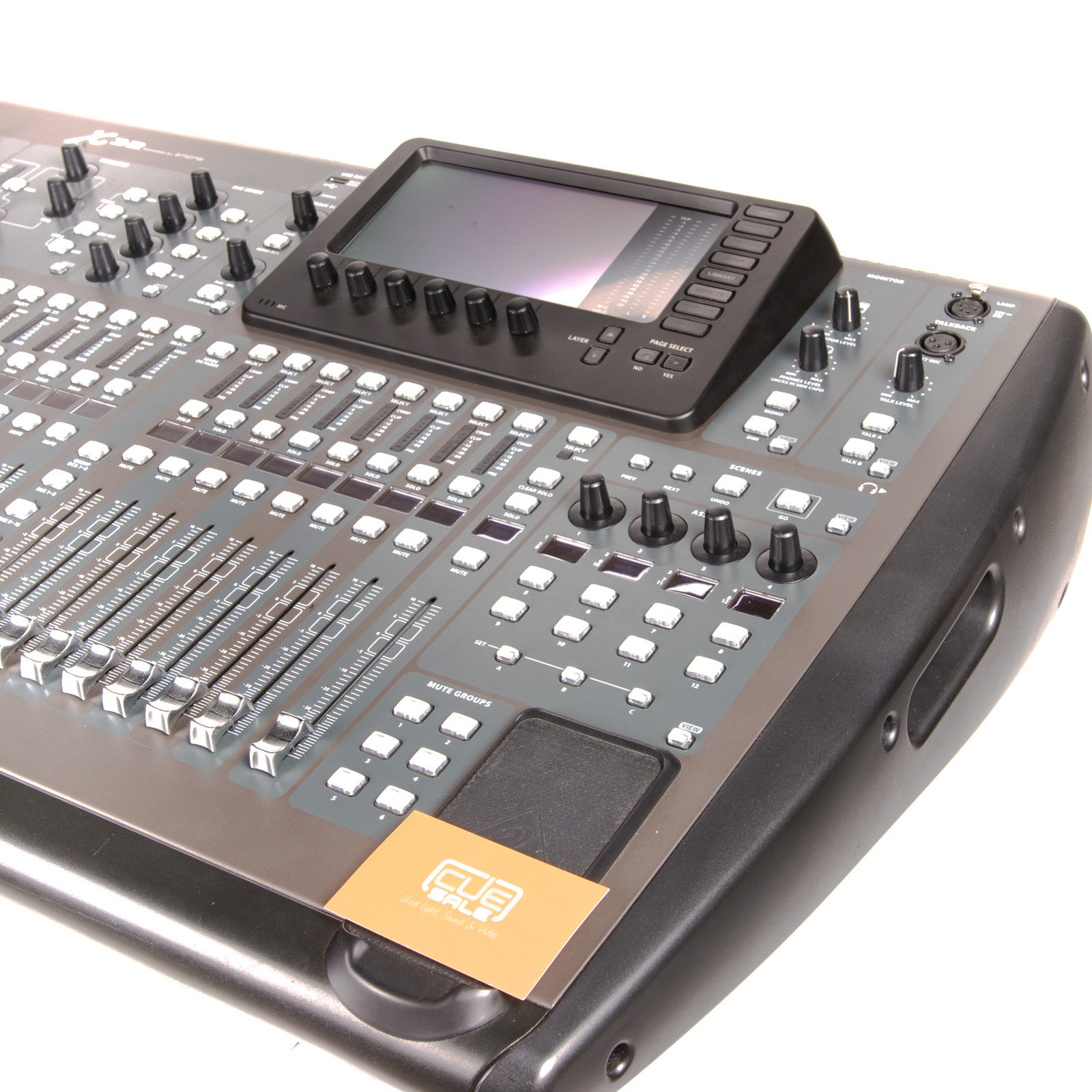 Behringer X32 Mixing console + New Flightcase ⋆ CUE Sale